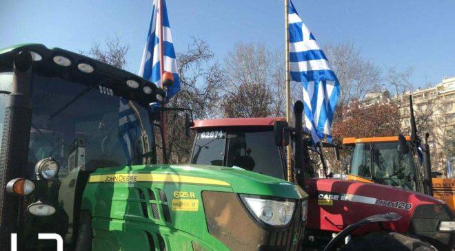 Σέρρες: Πορεία αγροτών με τα τρακτέρ