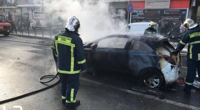 Θεσσαλονίκη: Αυτοκίνητο τυλίχθηκε στις φλόγες στον Περιφερειακό