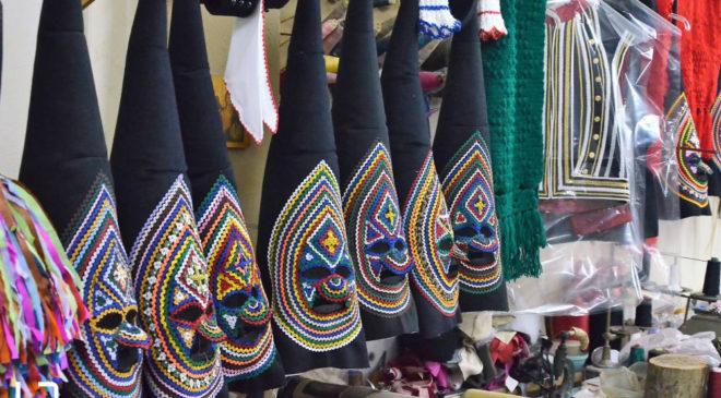 Η τέχνη των παραδοσιακών στολών του Σοχινού Καρναβαλιού (ΒΙΝΤΕΟ & ΦΩΤΟ)