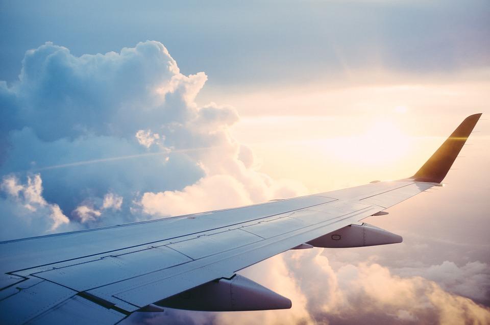 ΗΠΑ ΝΑΤΟ πτήσεις Lufthansa Γερμανία Airbus Ευρωπαϊκή Επιτροπή aeroplano ptiseis Κωνσταντινούπολη Ελλάδα Αθήνα σύνορα