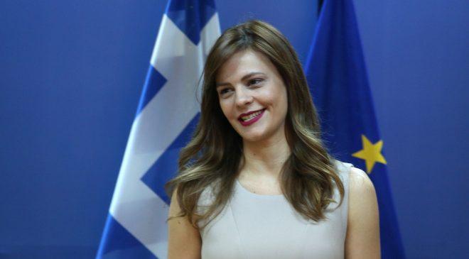 Τι ανακοίνωσε για τη χρηματοδότηση των ΚΑΛΟ η Εφη Αχτσιόγλου