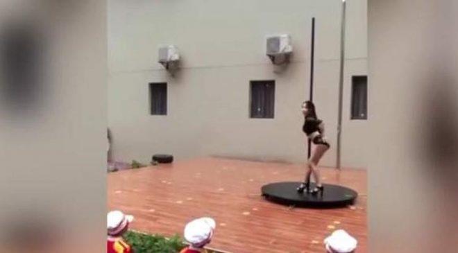 Εναρξη της σχολικής χρονιάς με pole dance σε νηπιαγωγείο (ΒΙΝΤΕΟ)