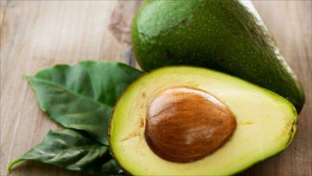Τι κερδίζετε αν τρώτε μισό αβοκάντο την ημέρα