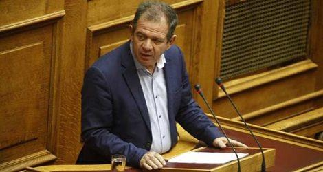 Πτολεμαΐδα: Πέταξαν κομμάτι τσιμέντου στο σπίτι βουλευτή του ΣΥΡΙΖΑ!