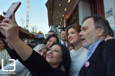Χαμόγελα, αισιοδοξία και selfie στα εγκαίνια του εκλογικού κέντρου της Κ. Νοτοπούλου (ΦΩΤΟ)
