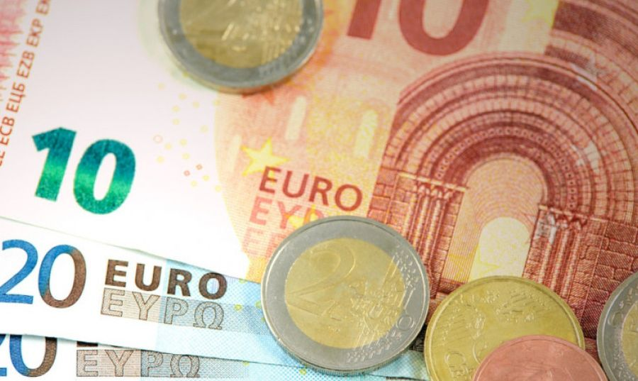 συντάξεις Απριλίου ευρώ χαρτονομίσματα