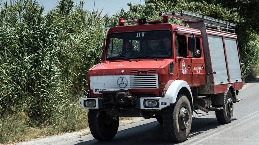 Βαρυμπόμπη φωτιά Εύβοια Λάρισα Πλατύκαμπος πτώμα ακέφαλο πυροσβέστες