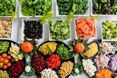 Τα 14 αντιβιοτικά τρόφιμα που θα βρείτε στην κουζίνα σας