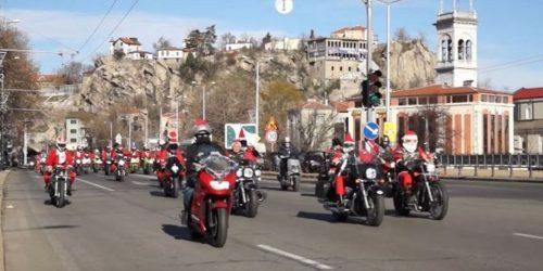 Άγιοι Βασίληδες… easyriders ξεχύθηκαν στους δρόμους! (ΒΙΝΤΕΟ)