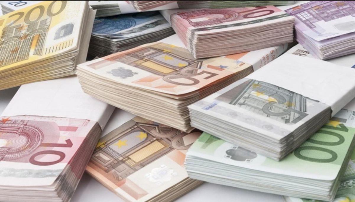 επιχειρήσεις χρήματα χαρτονομισμάτων