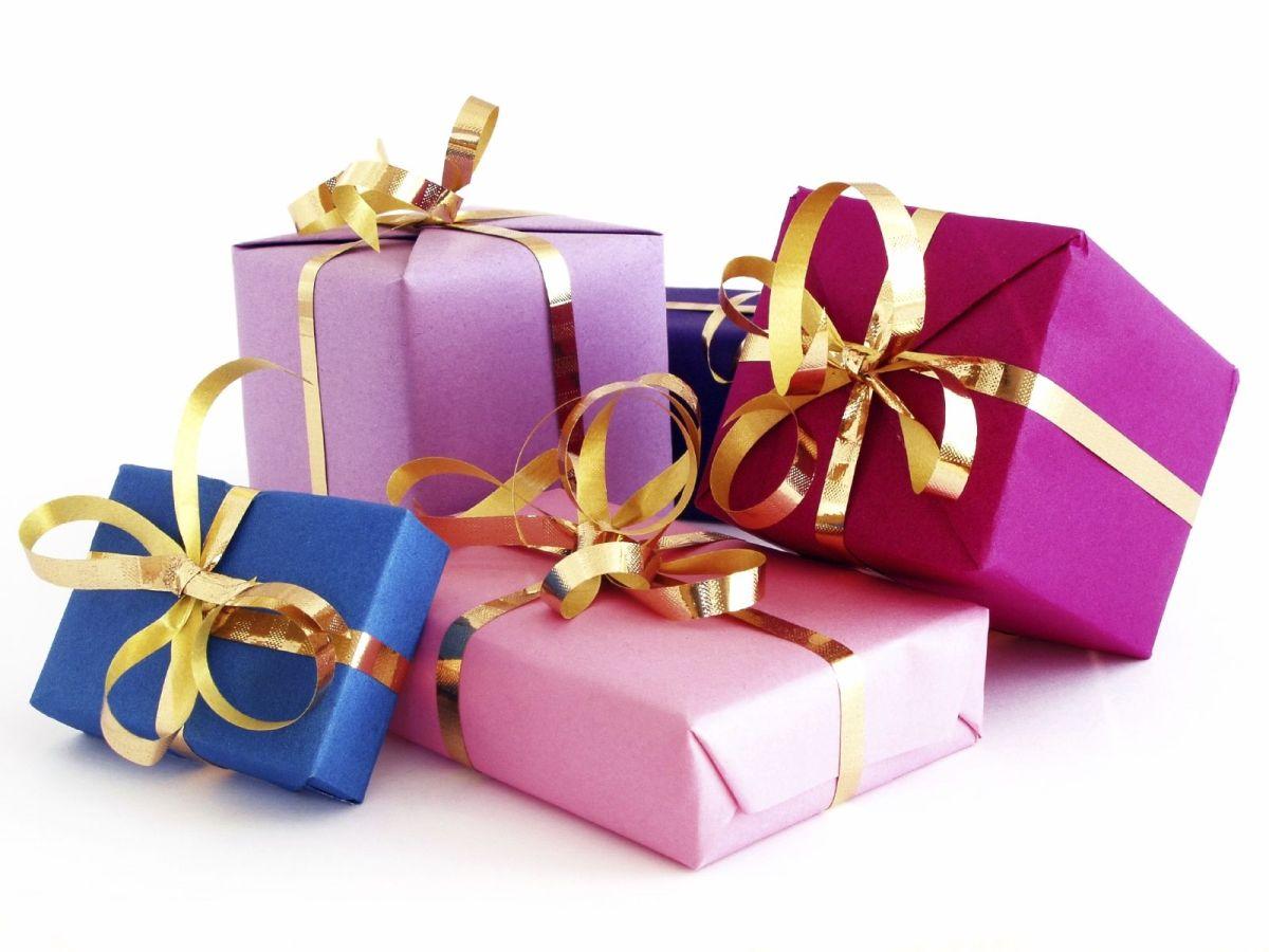 γιορτάζει ποιοι γιορτάζουν 3 Νοεμβρίου 15 Ιανουαρίου 8 Απριλίου 17 Απριλίου