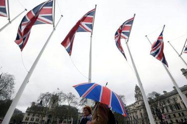 Υπέγραψαν εμπορική συμφωνία Βρετανία και Τουρκία