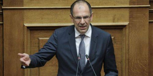 Γεραπετρίτης: «Η κοινωνία και η οικονομία δεν αντέχουν οριζόντιους περιορισμούς»