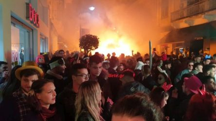Ενταση με αστυνομία και καρναβαλιστές στην Πάτρα! (ΒΙΝΤΕΟ)