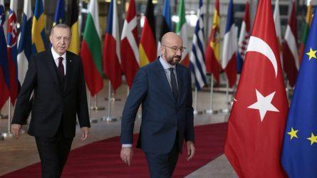 Ερντογάν: Έφυγε χωρίς δηλώσεις από τη συνάντηση με την ηγεσία της ΕΕ