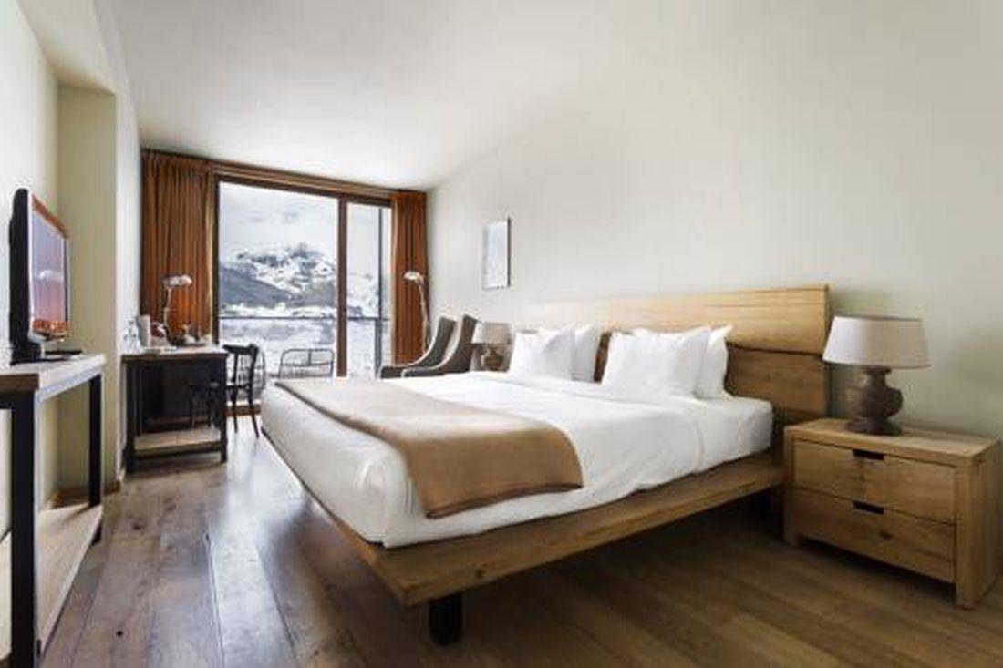 Airbnb τουριστικά καταλύματα ανοιχτά λίστα τουρισμό ξενοδοχεία καραντίνας Τάσιο