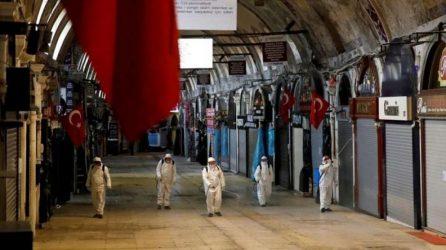 Κορονοϊός: Καθολική απαγόρευση κυκλοφορίας από την παραμονή Πρωτοχρονιάς