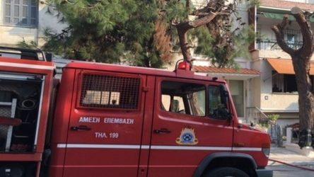 ηλικιωμένη πυρκαγιά φωτιά Θεσσαλονίκη φρεάτιο Χαλκιδική