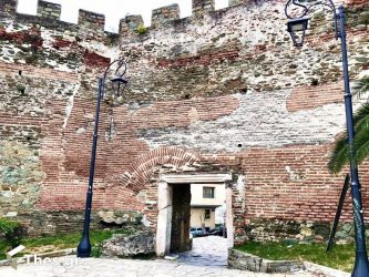Η Πύλη μίας Αυτοκράτειρας στα τείχη της Θεσσαλονίκης (ΒΙΝΤΕΟ & ΦΩΤΟ)
