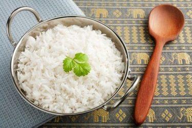 Γιατί πρέπει να βάλουμε το λευκό ρύζι στη διατροφή μας