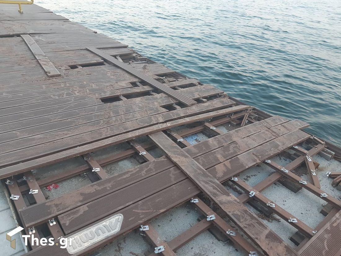 Θεσσαλονίκη: Σοβαρές ζημιές στη Νέα Παραλία (ΦΩΤΟ)