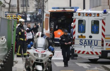 """Γαλλία: Συνεχίζουν να """"τρομοκρατούν"""" τα νέα κρούσματα κορονοϊού"""