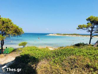 Χαλκιδική Βουρβουρού παραλία Καρύδι