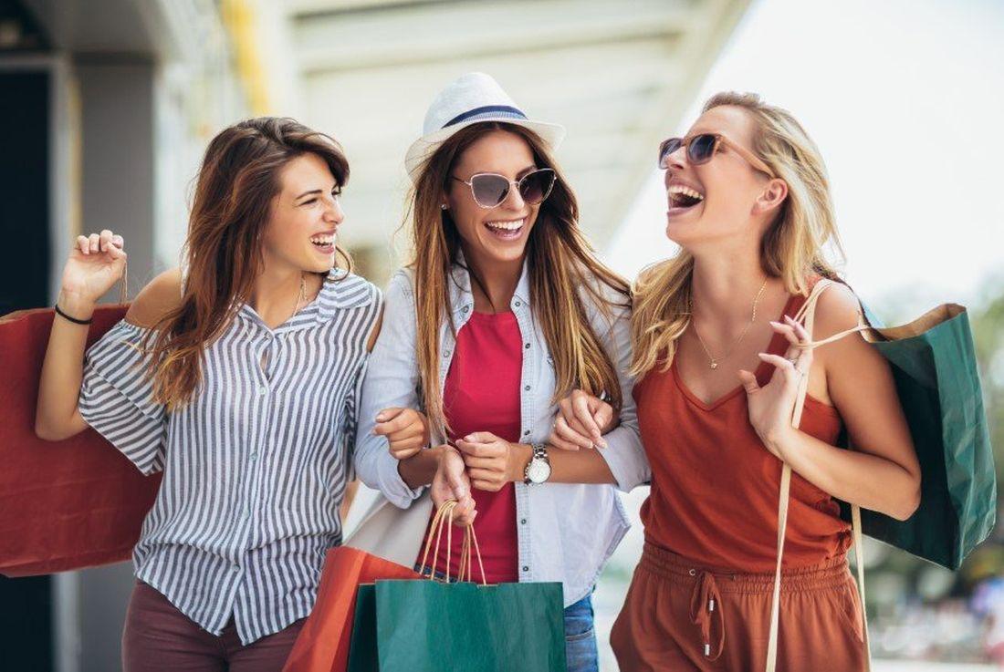 Αυτά είναι τα 5 λάθη που κάνουμε όταν αγοράζουμε ρούχα