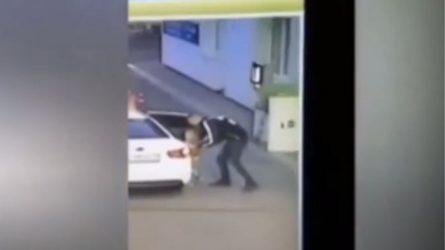 Σοκαριστικό βίντεο με την απαγωγή 4χρονης από βενζινάδικο
