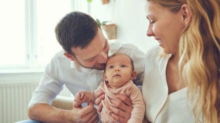Τι αλλάζει στις γονικές άδειες: Πόσες ημέρες δικαιούται ο νέος πατέρας