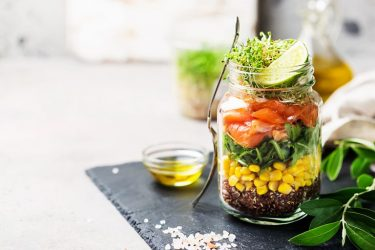 σαλάτα σε βάζο