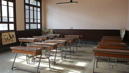Ζέττα Μακρή: «Εξετάζεται παράταση του σχολικού έτους»