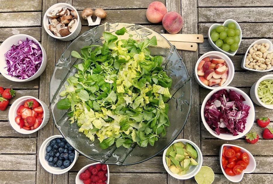 5 απλοί τρόποι για να βελτιώσετε τη διατροφή σας