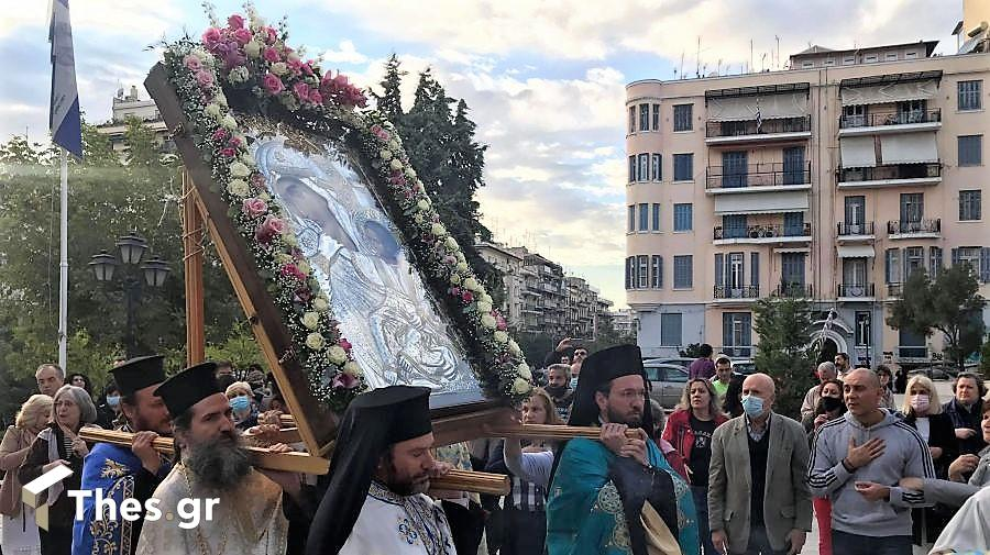 Thes | Θεσσαλονίκη: Στον Αγιο Δημήτριο η εικόνα της Παναγίας Παραμυθίας  (ΦΩΤΟ)