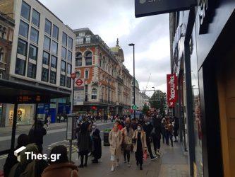 Βρετανία: Σε πανικό οι πολίτες αδειάζουν τα ράφια των σούπερ μάρκετ