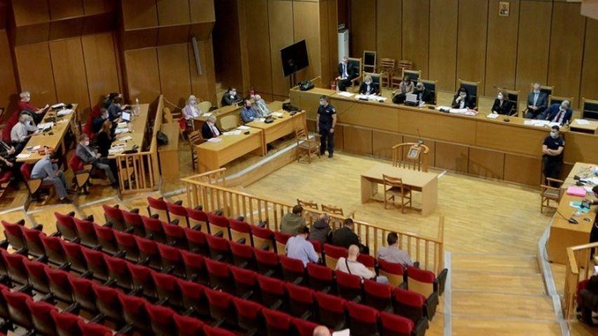 Δίκη Χρυσής Αυγής: Νέα διακοπή για αύριο το πρωί