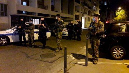 Επίθεση στη Λιόν: Πολύ σοβαρή η κατάσταση του ιερέα