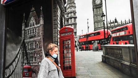 Βρετανία: Πάνω από 1 εκατ. συνολικά τα κρούσματα κορονοϊού