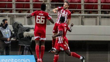 Super League: Τριάρα του Ολυμπιακού στο ντέρμπι με την ΑΕΚ