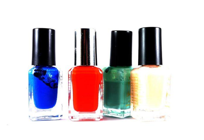 Τα 5 must do χρώματα βερνικιών για τα νύχια σου αυτή την περίοδο