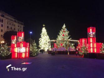 χριστουγεννιάτικη Θεσσαλονίκη νύχτα Χριστούγεννα