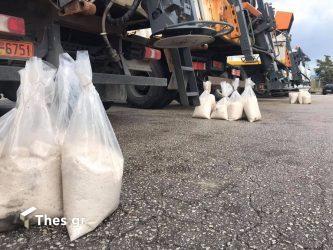 Καλαμαριά: Σε ποια σημεία έχει τοποθετηθεί αλάτι για την κακοκαιρία