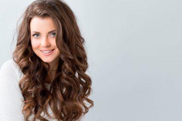 5 υπέροχες ιδέες για να ανανεώσεις τα καστανά μαλλιά σου