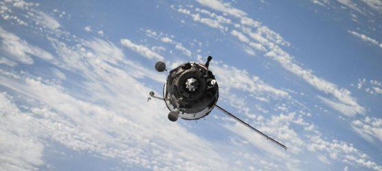 ΑΠΘ: Δορυφόρος βλέπει για πρώτη φορά την αέρια ρύπανση που προκαλεί ένα πλοίο (ΕΙΚΟΝΕΣ)