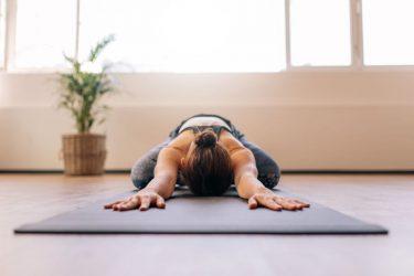 restorative yoga ευεξίας ευεξία yoga αποκατάστασης