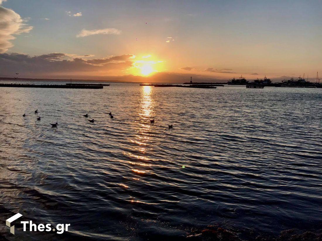 Θεσσαλονίκη Νέα Κρήνη ηλιοβασίλεμα