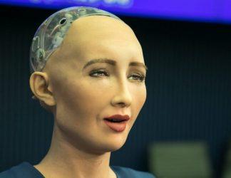 Η Σοφία είναι το ρομπότ που θα παρέχει συντροφιά εν καιρώ πανδημίας