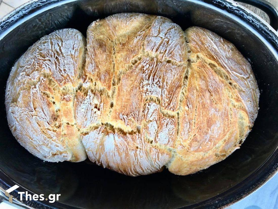 ψωμί χωριάτικο στη γάστρα