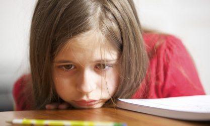 Αυτισμός: Τα σημάδια που πρέπει να προσέξουν οι γονείς