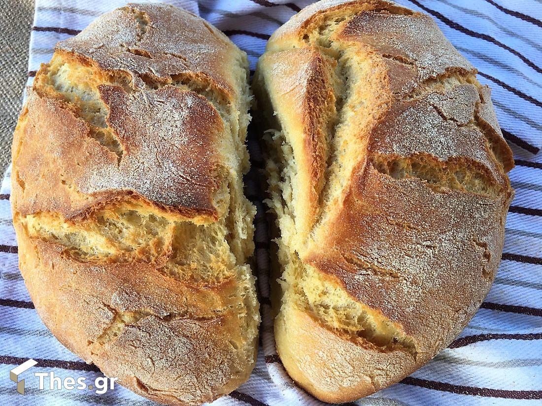 χωριάτικο ψωμί σε γάστρα